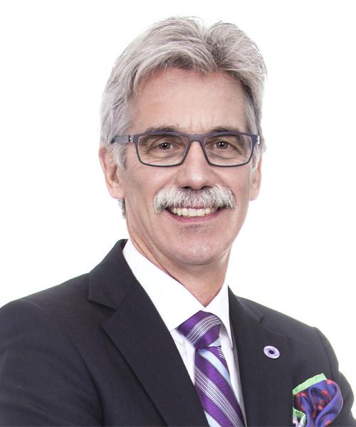 Peter Wedlake, Recouvrement de la dette d'entreprise & Restructuring